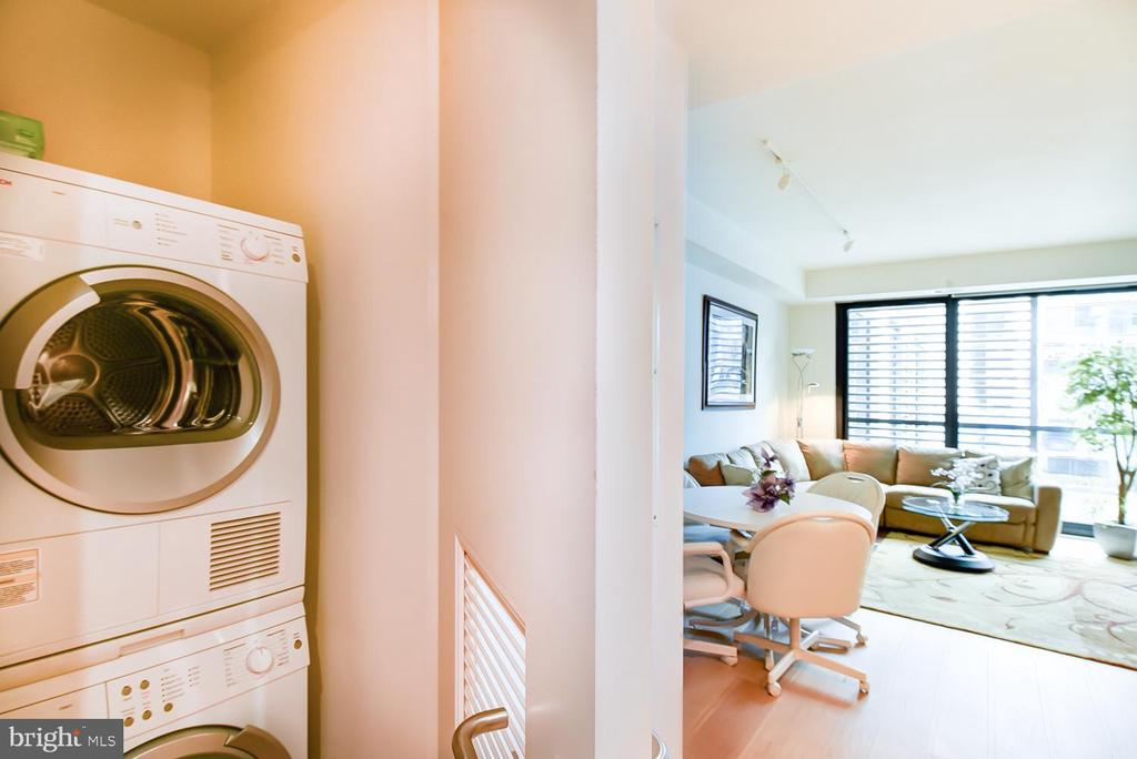Front loading washer/dryer in the condo - 925 H ST NW #707, WASHINGTON