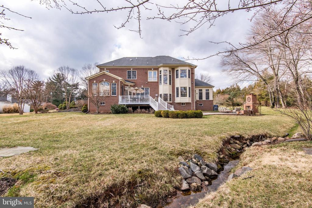 Stream In Backyard! - 1125 CLINCH RD, HERNDON