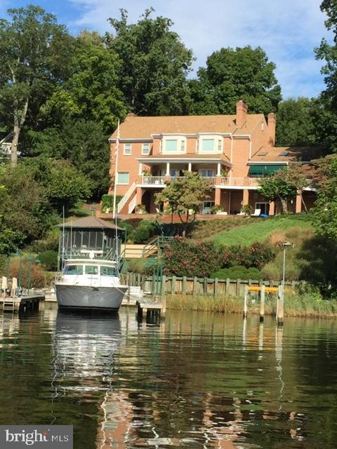Waterside Elevation and Private Dock - 1128 ASQUITH DR, ARNOLD