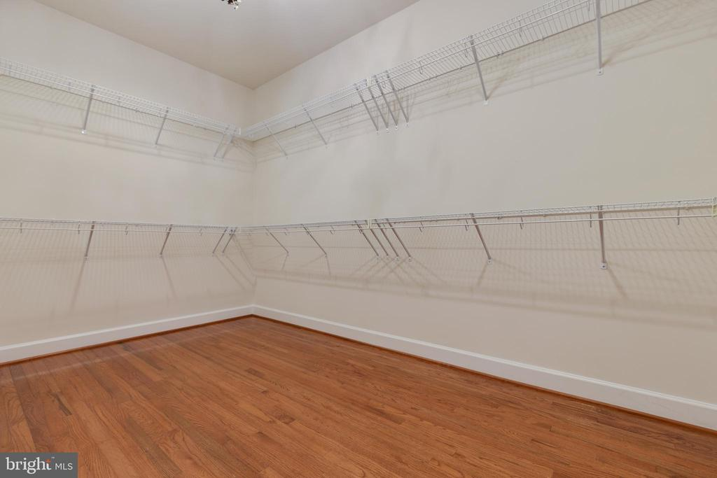 Large Walk-in Closet - 15879 FROST LEAF LN, LEESBURG