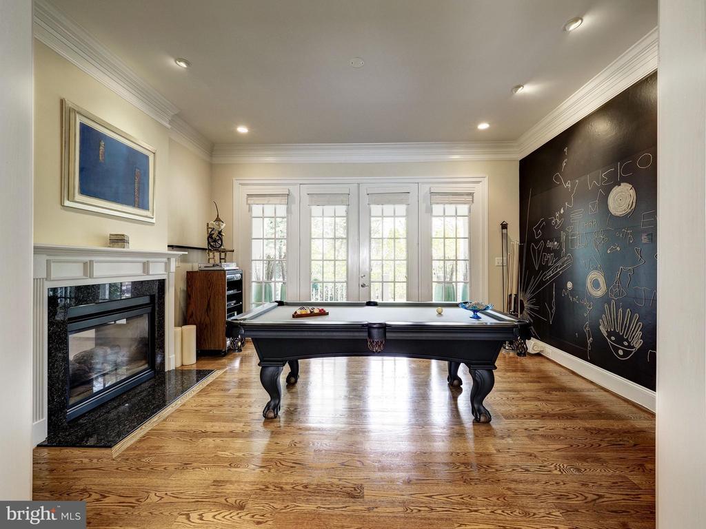 Living Room - 7612 EXETER RD, BETHESDA