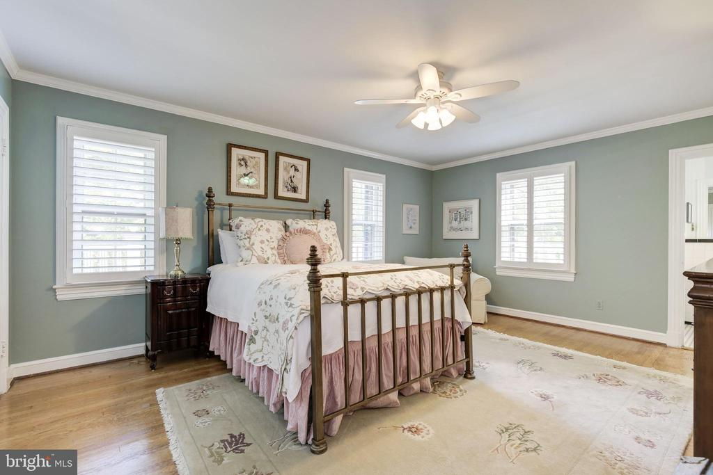 Second Bedroom - 9125 FERNWOOD RD, BETHESDA
