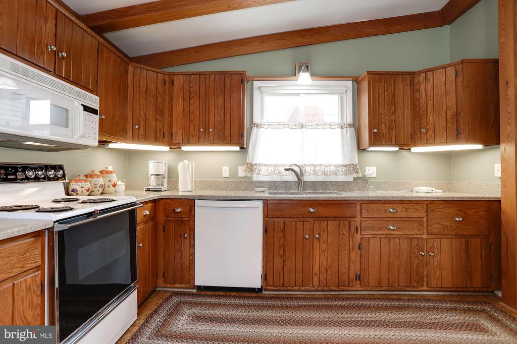 Kitchen - 2625 N QUANTICO ST, ARLINGTON