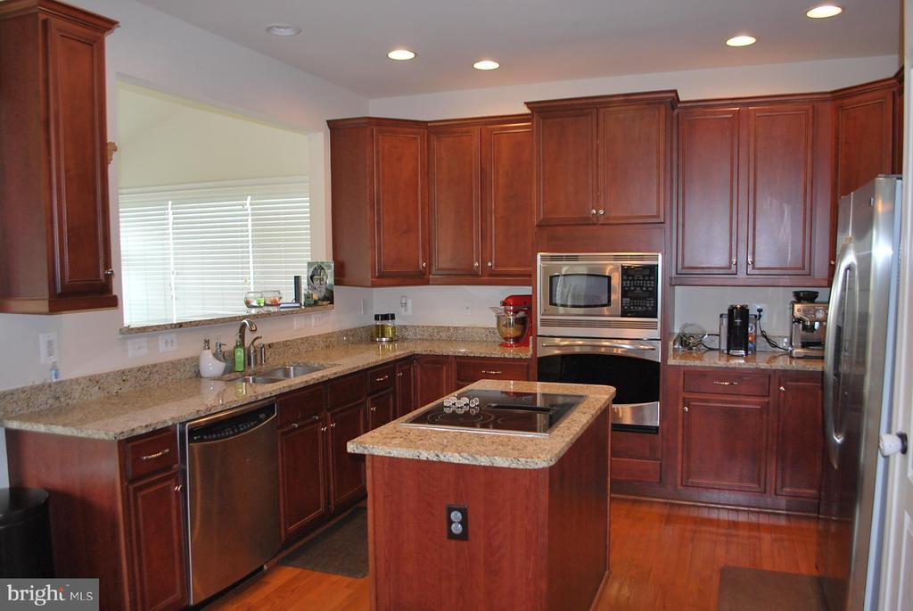 Kitchen with island - 108 E. STATION TER., MARTINSBURG