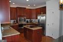 Kitchen w/ 42