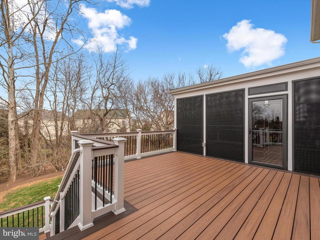 Deck Leading to Screened Porch - 21826 ENGLESIDE PL, BROADLANDS