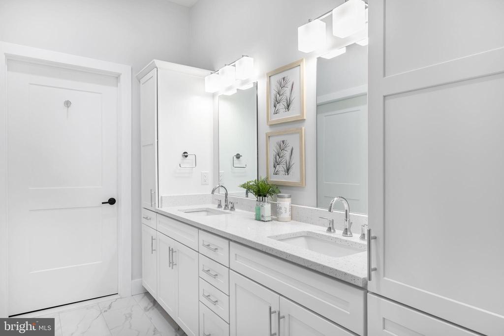 Owners Bathroom - 44691 WELLFLEET DR #210, ASHBURN