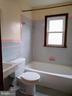 Upper Level Full Bath - 6504 BALTIMORE AVE, UNIVERSITY PARK