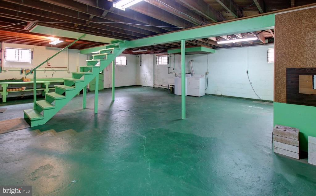 Basement - 6504 BALTIMORE AVE, UNIVERSITY PARK