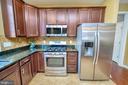 Stainless Steel appliances, ceramic back splash. - 29 LUDINGTON LN, FREDERICKSBURG