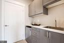 Kitchenette in guest suite - 42388 SOAVE DR, BRAMBLETON