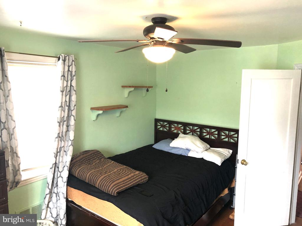 master bedroom - 6202 INWOOD ST, CHEVERLY