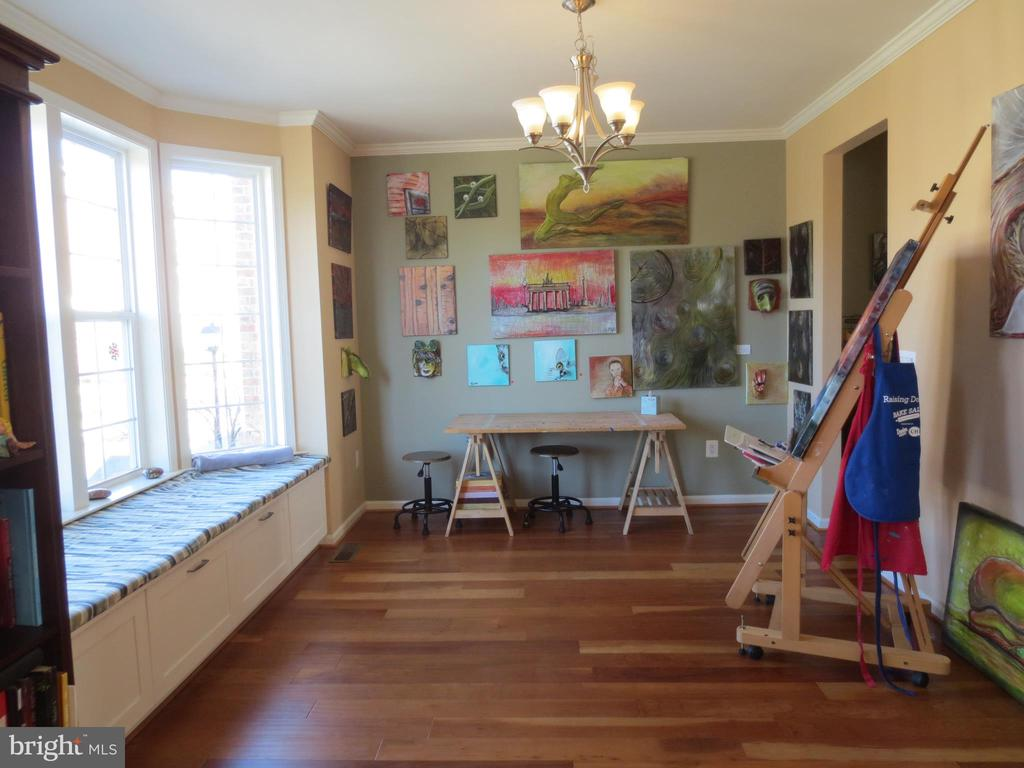 Living/Dining Room - 10623 LEGACY LN, FAIRFAX
