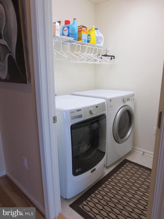 Laundry room on bedroom level - 10623 LEGACY LN, FAIRFAX