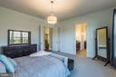 Main level Master suite - no stairs to climb! - 17013 SILVER ARROW DR, DUMFRIES