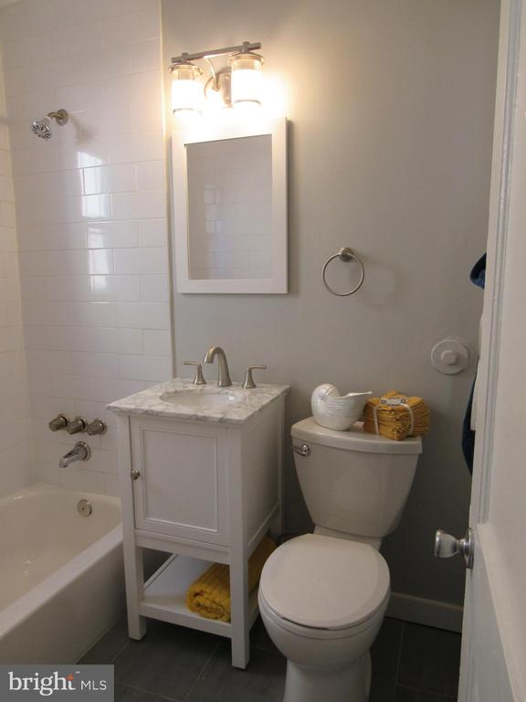 Main level bathroom! - 3426 CROFFUT PL SE, WASHINGTON