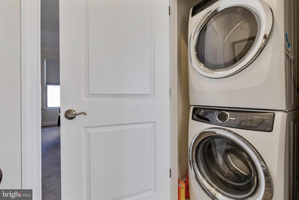 Laundry - 10528 RATCLIFFE TRL, MANASSAS