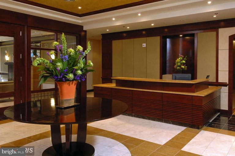 Concierge Desk in Front Lobby - 888 N QUINCY ST #1309, ARLINGTON