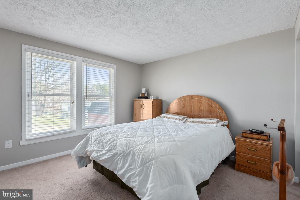 - 10905 LONG LEAF CT, FREDERICKSBURG