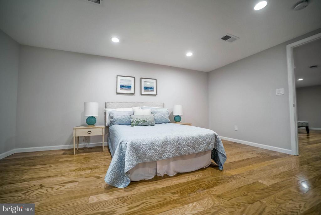 Master Bedroom - 2129 FLAG MARSH RD, MOUNT AIRY