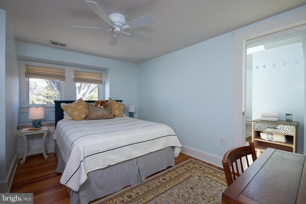 3rd Bedroom - 238 RIVERSIDE RD, EDGEWATER
