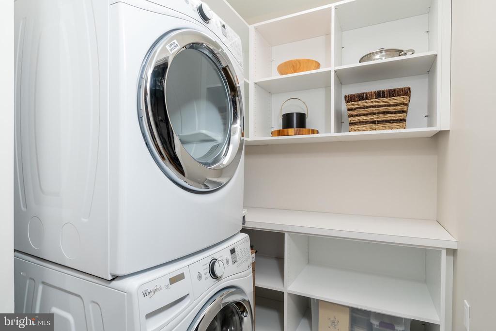 1 of 2 Washer/Dryers - 505 ORONOCO ST, ALEXANDRIA