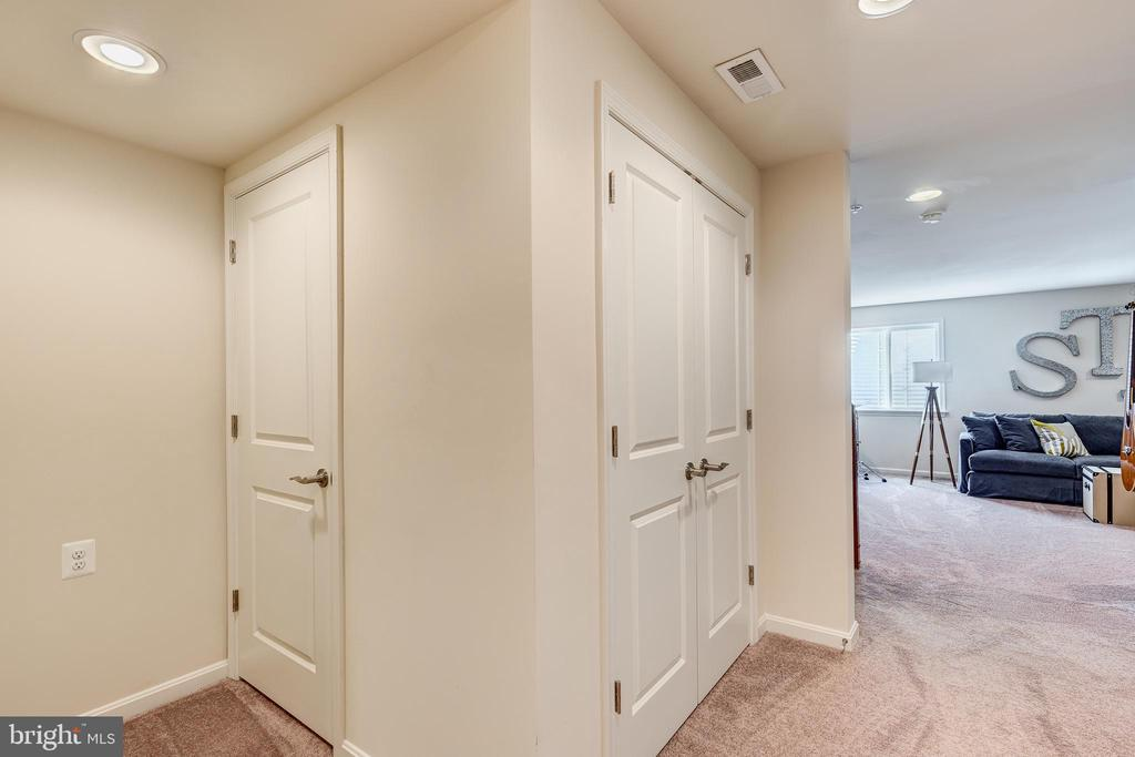 Fully finished lower level - 1148 HOLDEN RD, FREDERICK