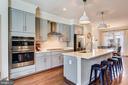 Gorgeous gourmet kitchen - 1148 HOLDEN RD, FREDERICK