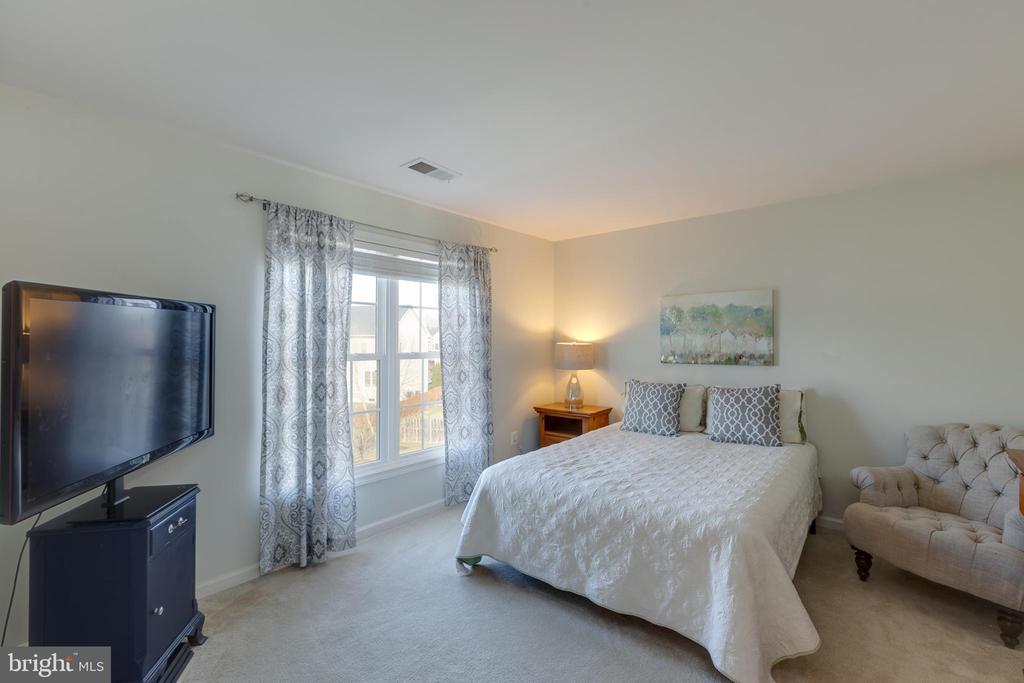 Bedroom 4 - 41528 WARE CT, ALDIE