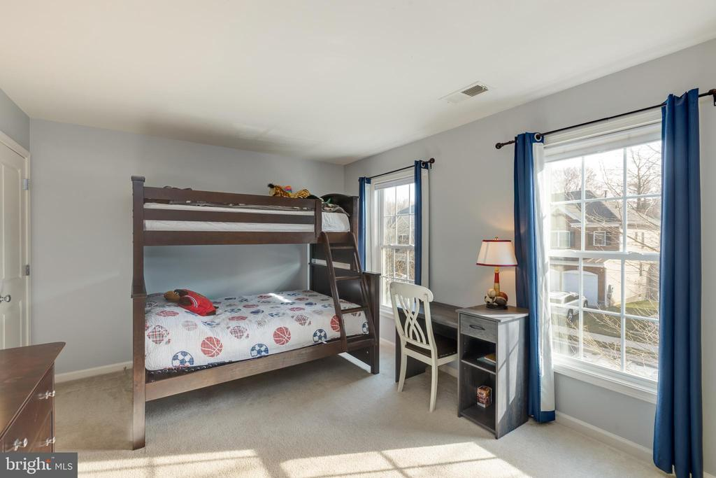 Bedroom 2 - 41528 WARE CT, ALDIE