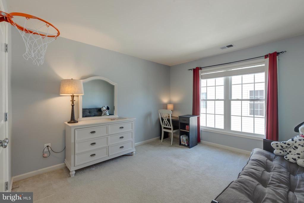 Bedroom 3 - 41528 WARE CT, ALDIE
