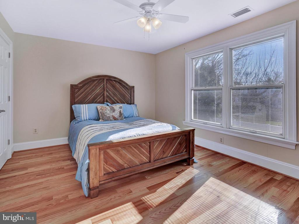 3rd bedroom with bathroom access - 1012 MERCER PL, FREDERICK