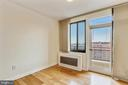 Second Bedroom with Access to Balcony - 1121 ARLINGTON BLVD #1005, ROSSLYN