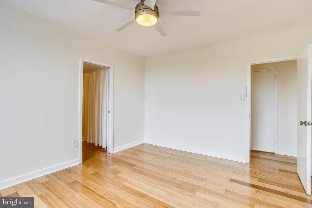 Opens to Huge Closet and Master Bathroom - 1121 ARLINGTON BLVD #1005, ROSSLYN