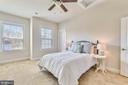 Bedroom with buddy bath - 41178 CHATHAM GREEN CIR, ALDIE
