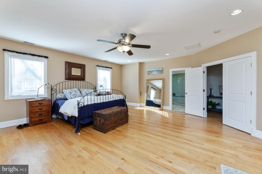 Master bedroom - 3006 N TUCKAHOE ST, ARLINGTON