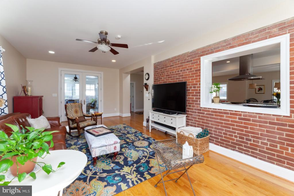 Family room - 3006 N TUCKAHOE ST, ARLINGTON