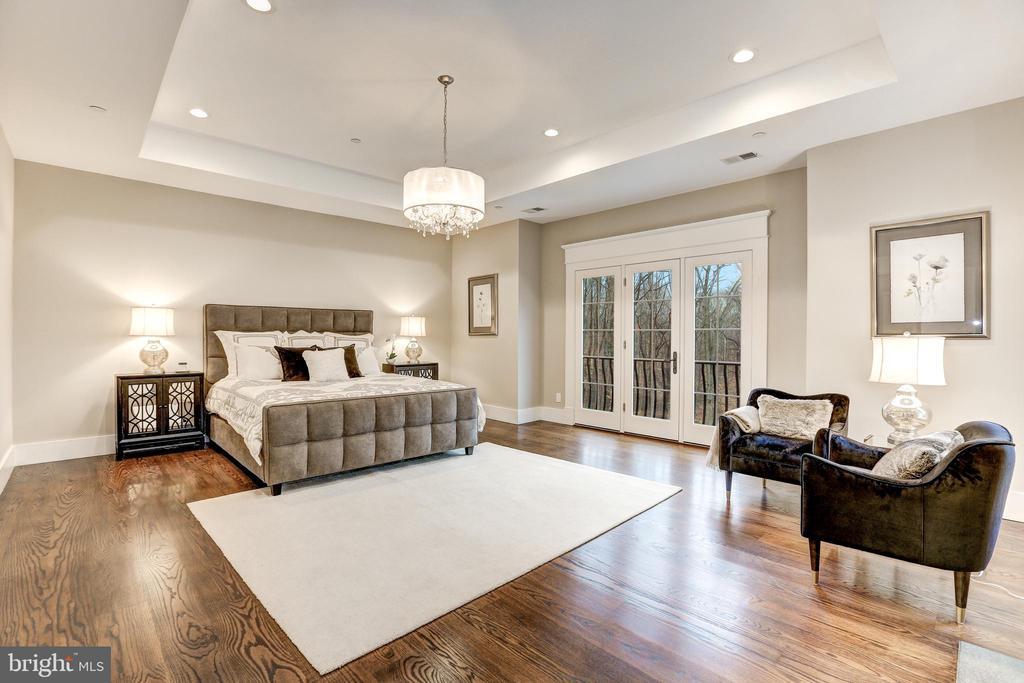 Elegant Master Bedroom - 12025 EVENING RIDE DR, POTOMAC