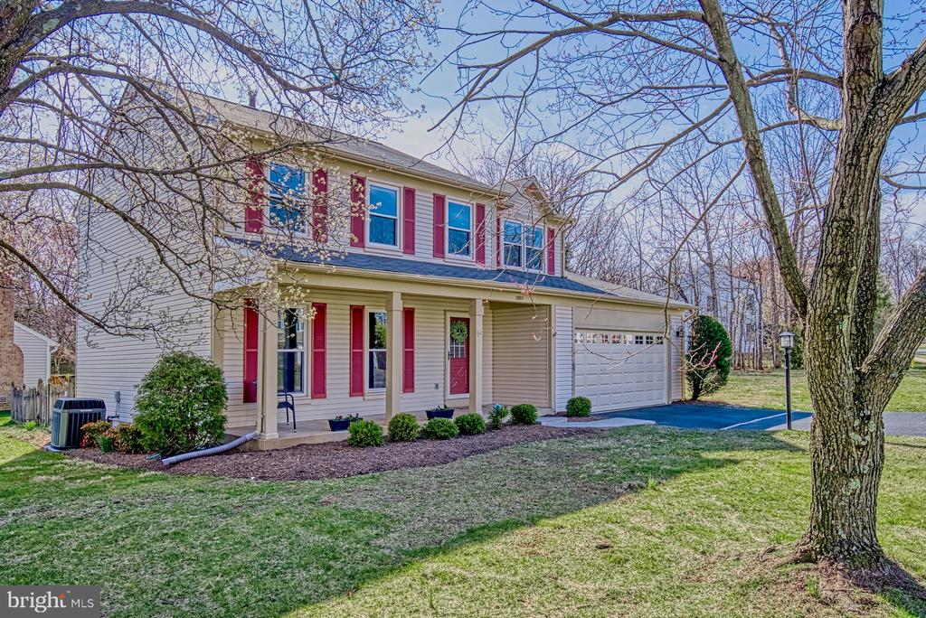 Fantastic curb appeal - 12911 ASHTON OAKS DR, FAIRFAX