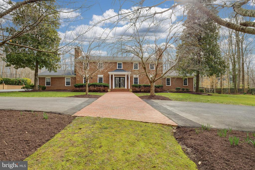 Exterior Front - 8511 CATHEDRAL FOREST DR, FAIRFAX STATION
