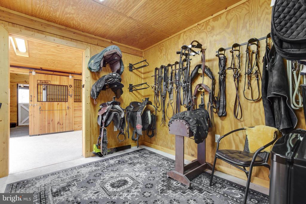 Stable Tac Room - 8511 CATHEDRAL FOREST DR, FAIRFAX STATION