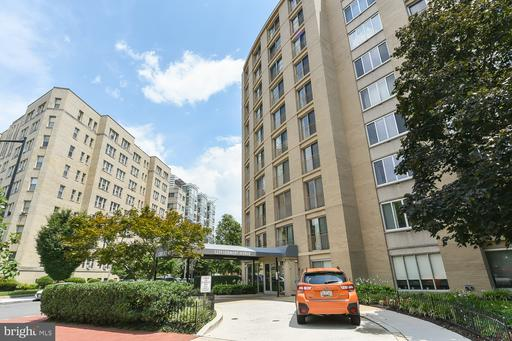 1239 VERMONT AVE NW #907
