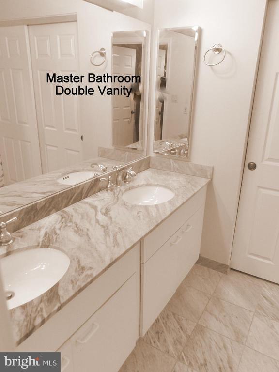 Master Bathroom - 3801 CANTERBURY RD #514, BALTIMORE