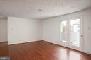 Living room - 12209 ST PETER CT #G, GERMANTOWN