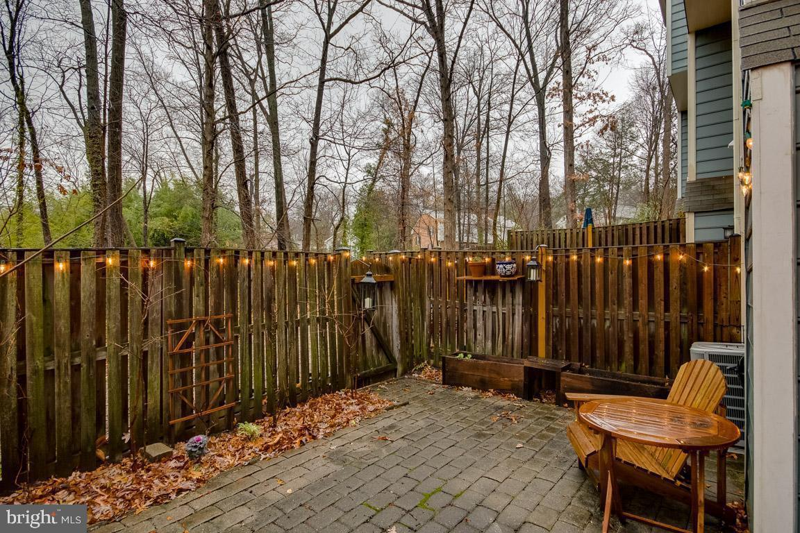 Additional photo for property listing at  Alexandria, Virginia 22304 United States