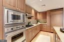 Double oven, gas stove & wine refrigerator - 2425 L ST NW #203, WASHINGTON