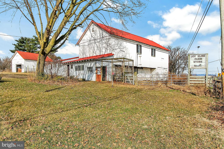Single Family Homes για την Πώληση στο Mohrsville, Πενσιλβανια 19541 Ηνωμένες Πολιτείες