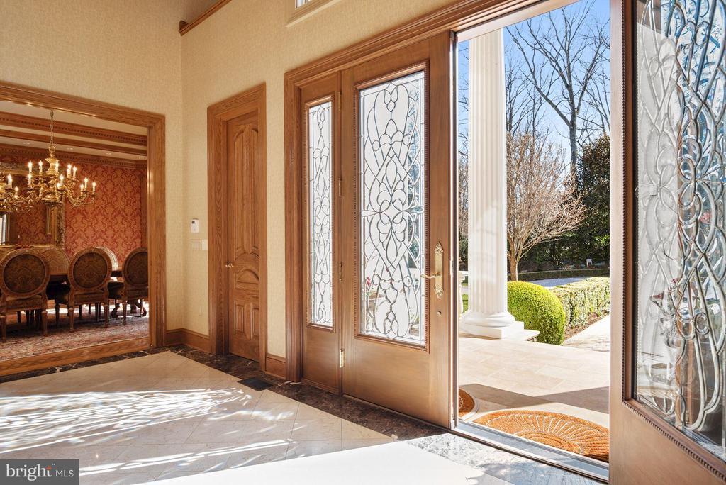 Custom Entry Doors & Sidelights with Leaded Glass - 896 ALVERMAR RIDGE DR, MCLEAN