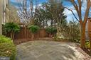 Patio has mature landscaping for privacy - 6271 KINGFISHER LN, ALEXANDRIA
