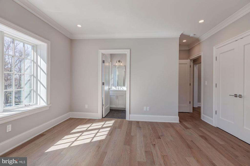 Another view of typical bedroom - 4909 FALSTONE AVE, CHEVY CHASE